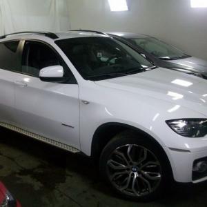 BMW X6, Оклейка авто в белый глянец