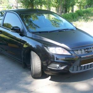 Ford Focus, Оклейка ресничек, капота, багажника черной матовой пленкой